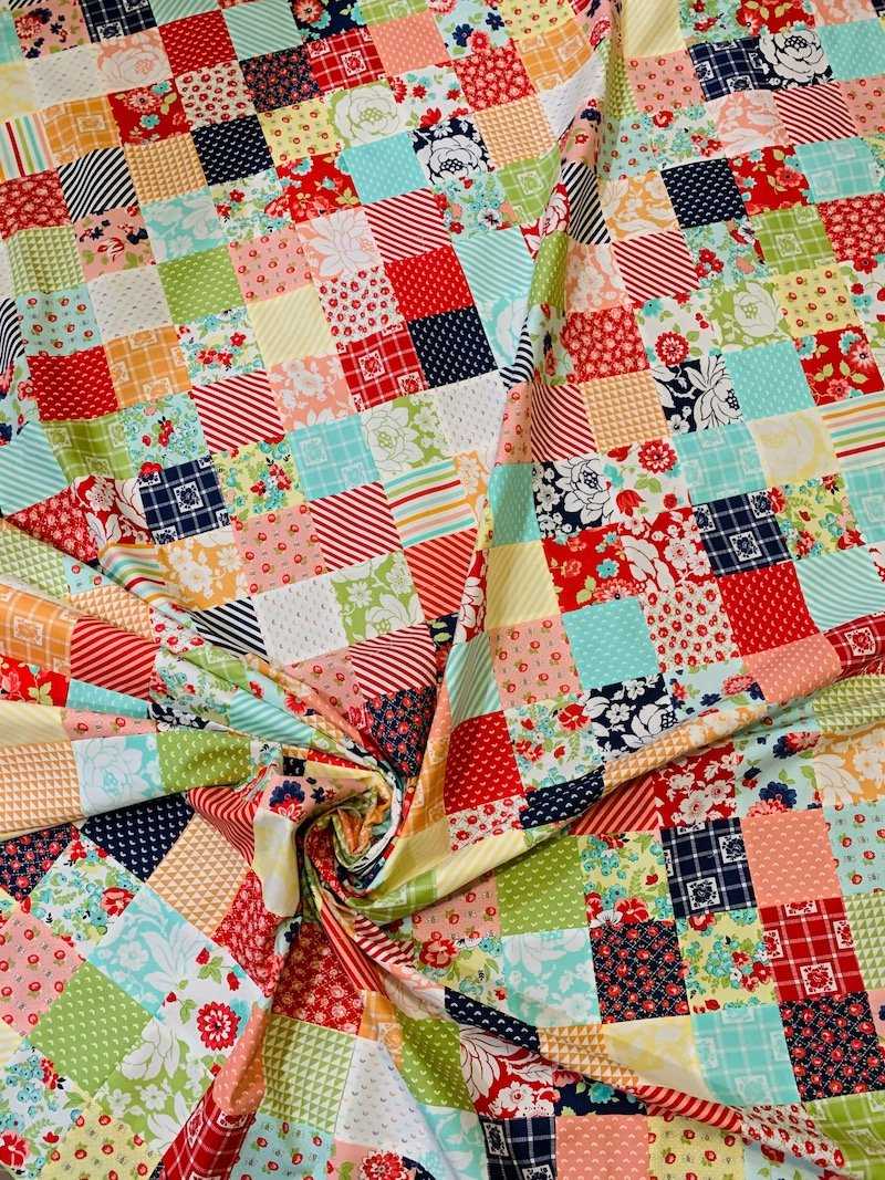 Shine On Confetti Quilt Kit