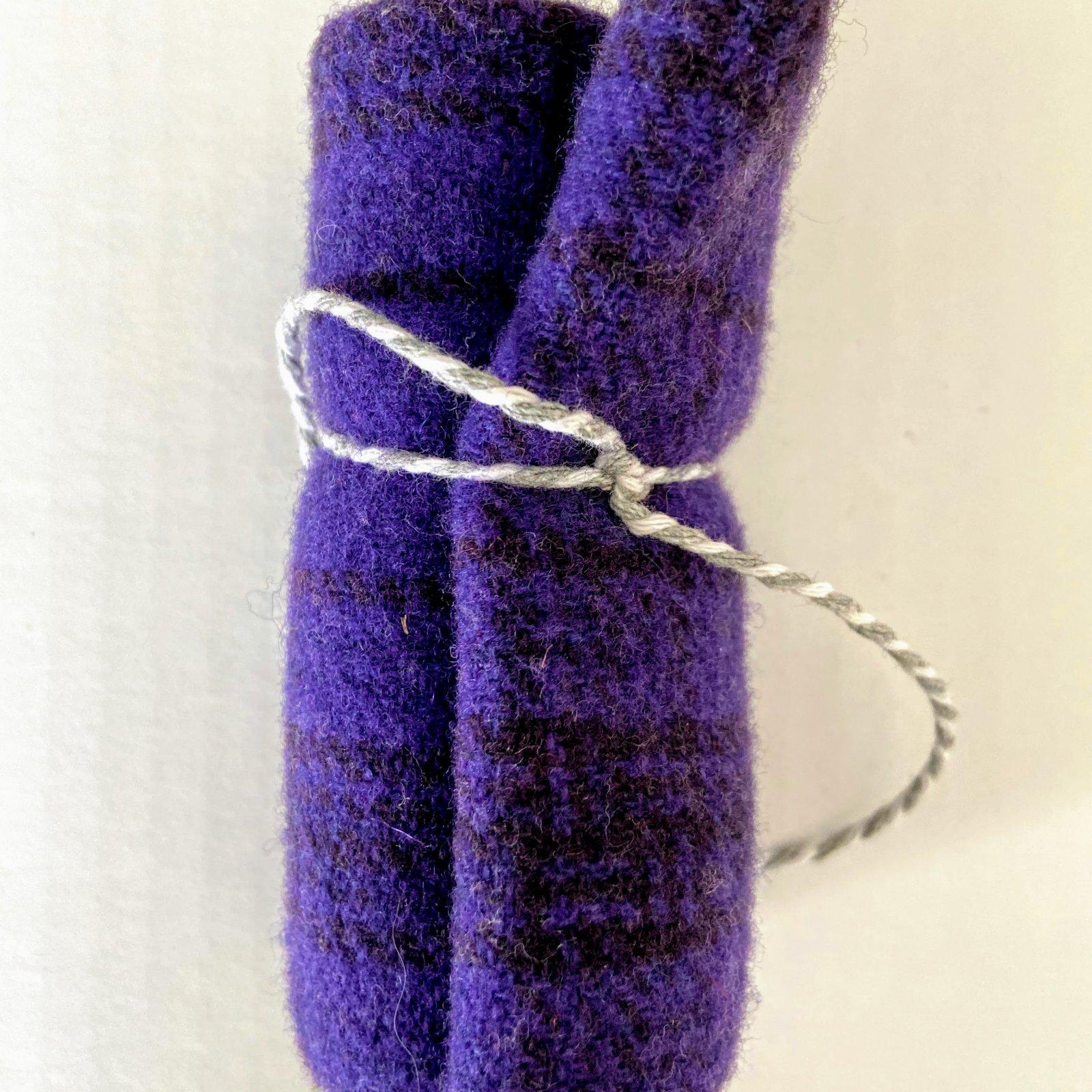 Wool 8 x 12 - Purple Plaid