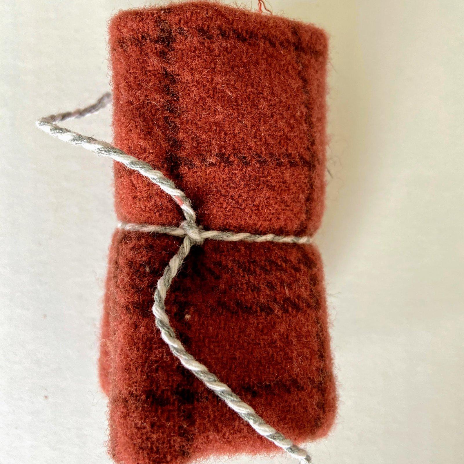 Wool 8 x 12 - Clover Plaid