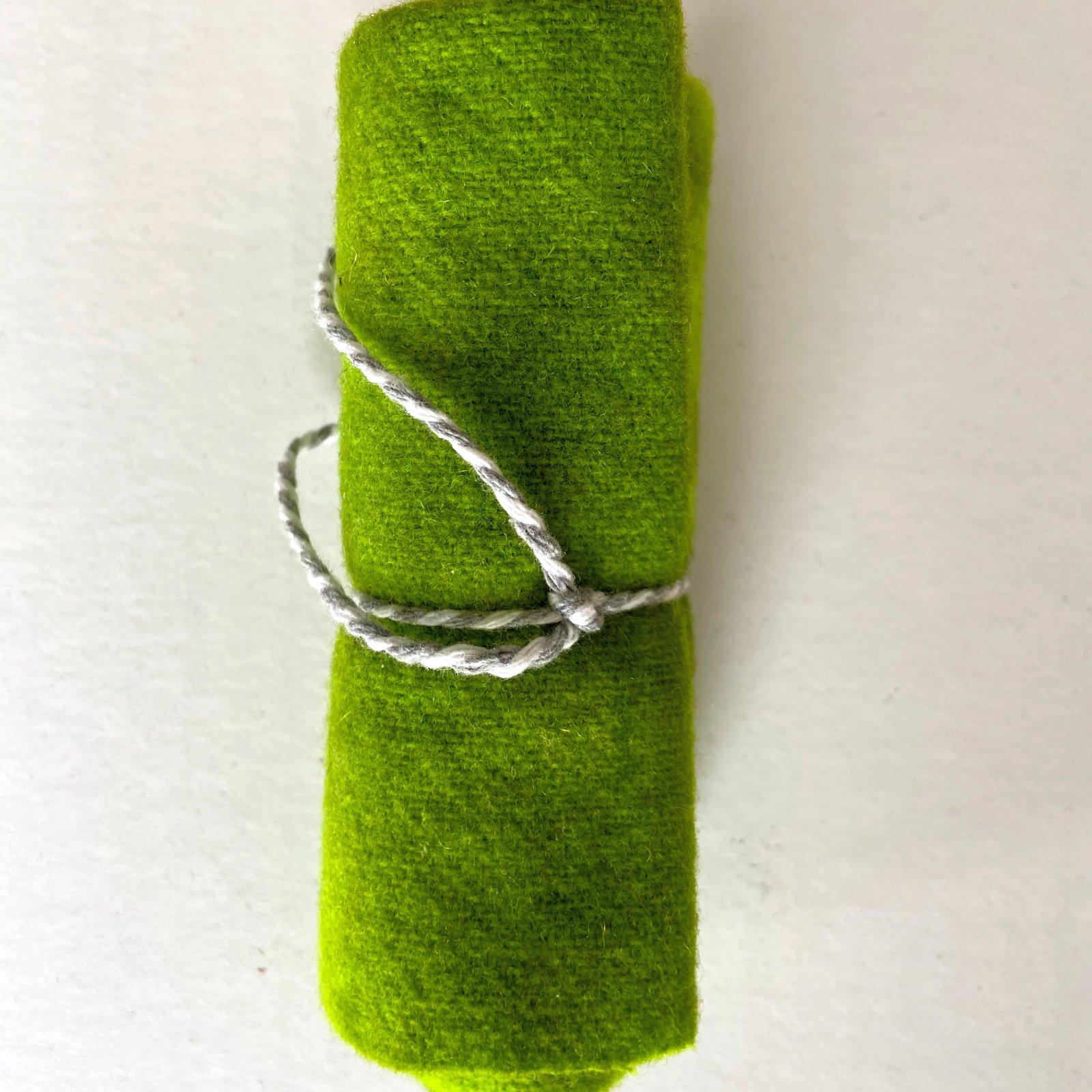 Wool 8 x 12 - Green Check