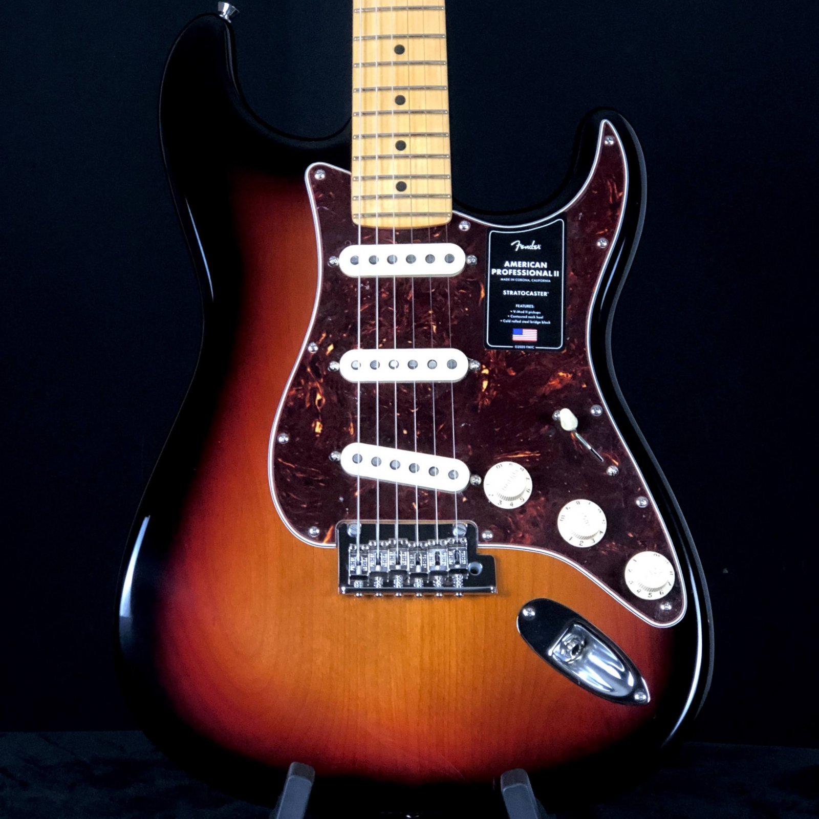 Fender AM Pro II Strat 3 Color Sunburst