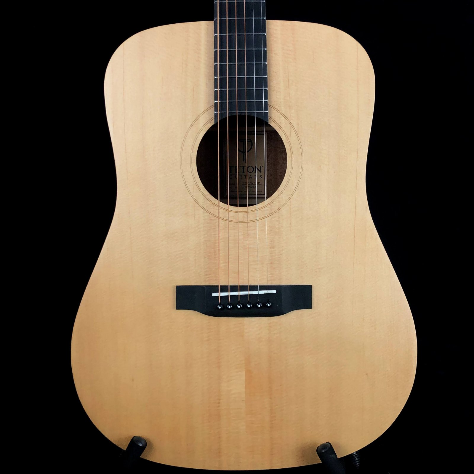Teton STS10NT Dreadnought Spruce Top W/ Bag