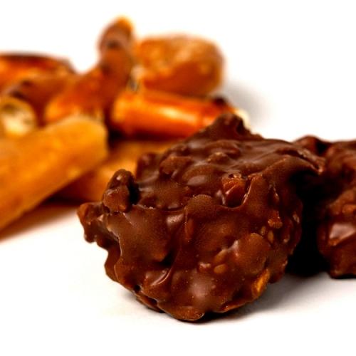 Chocolate Pretzel & Toffee bites