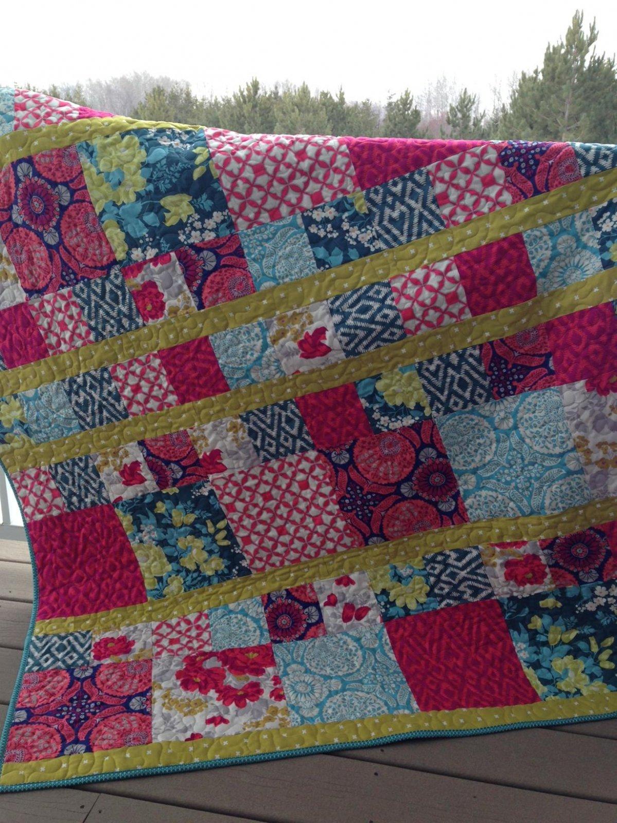 KHD Scrappy Modern quilt pattern