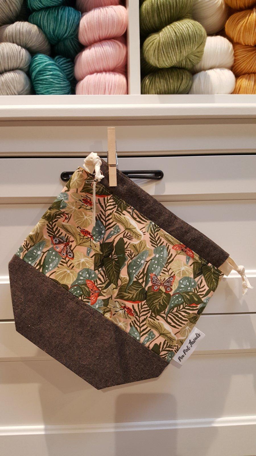 Pea Pod Threads Small Drawstring Project Bag