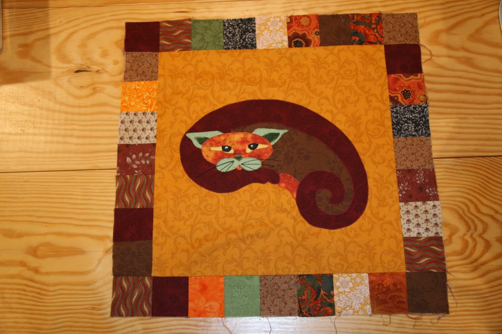 SQ03 - Garden Patch Cats -Kitt'ney Bean Kitty Block 3