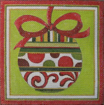 HO111 - RED & GREEN ORNAMENT