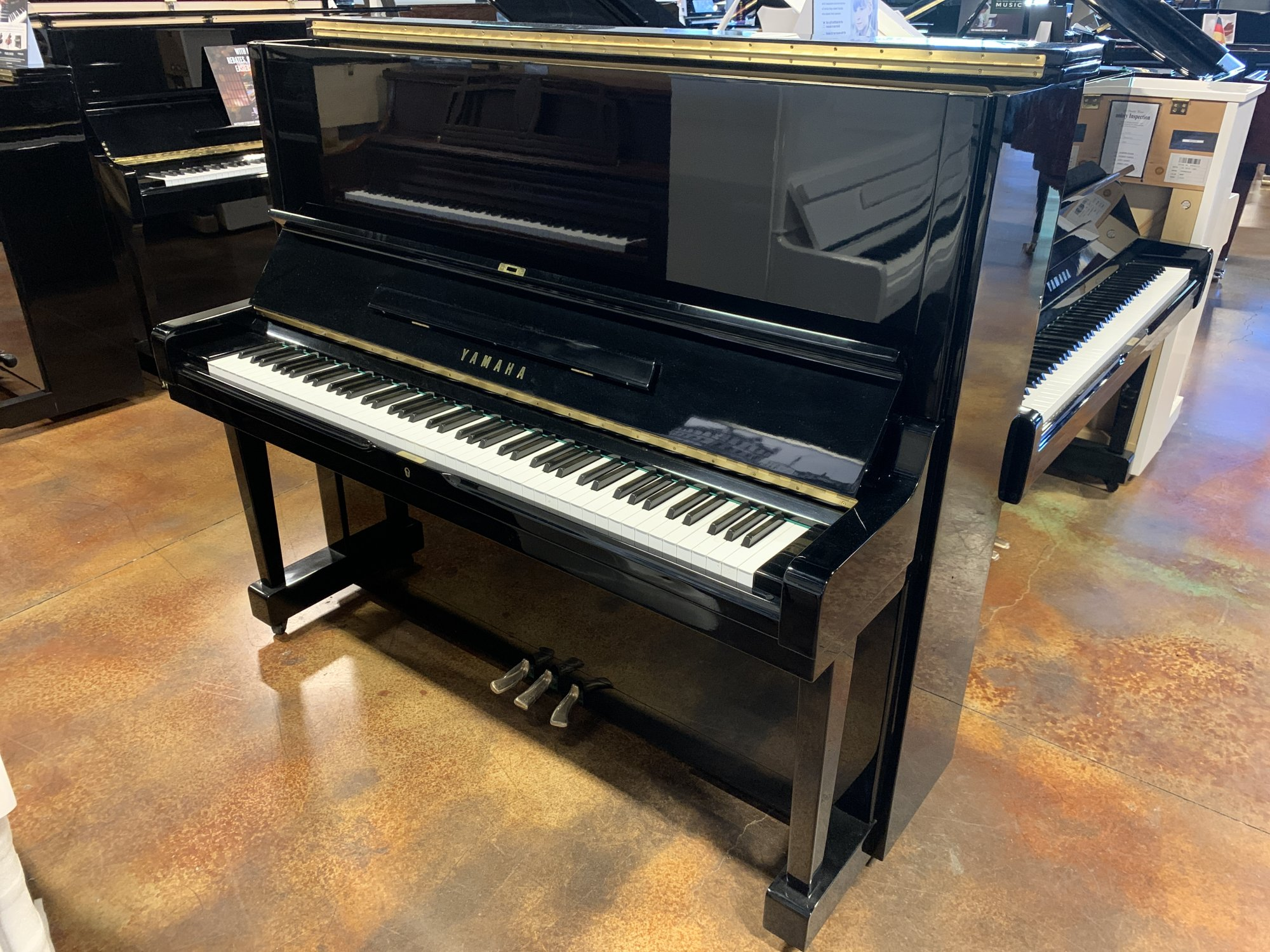 Yamaha U3 Ebony Polish Certified USED 1951