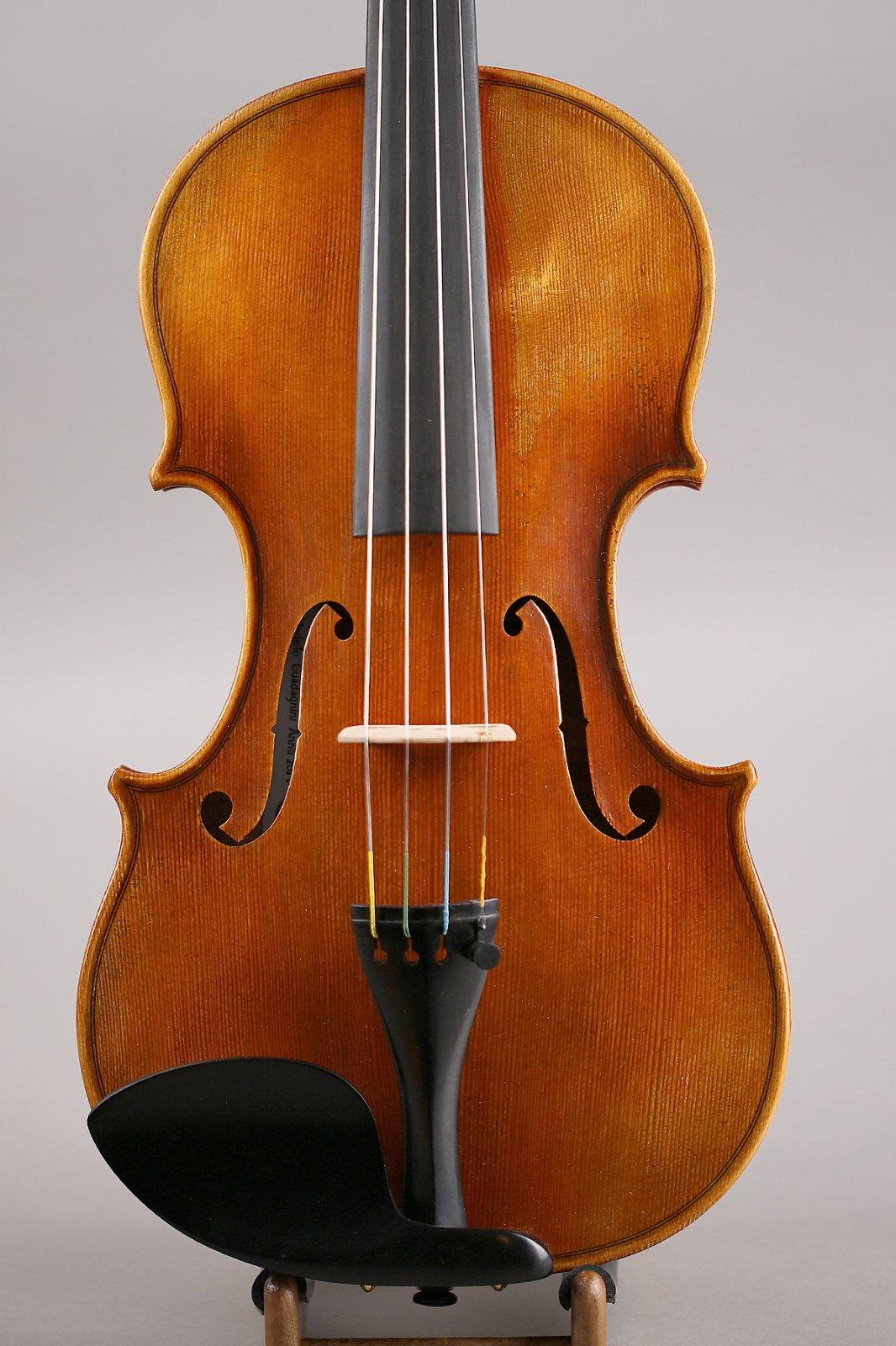 Guadagnini Replica Violin