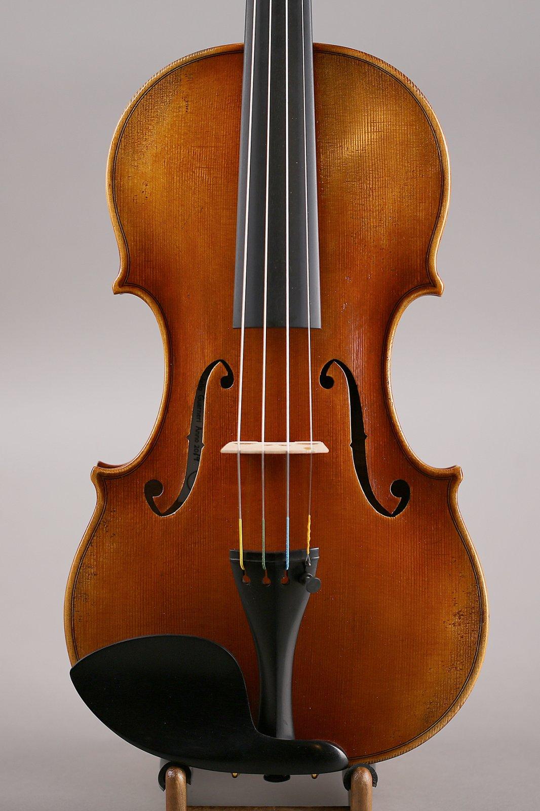 Guarneri Replica Violin