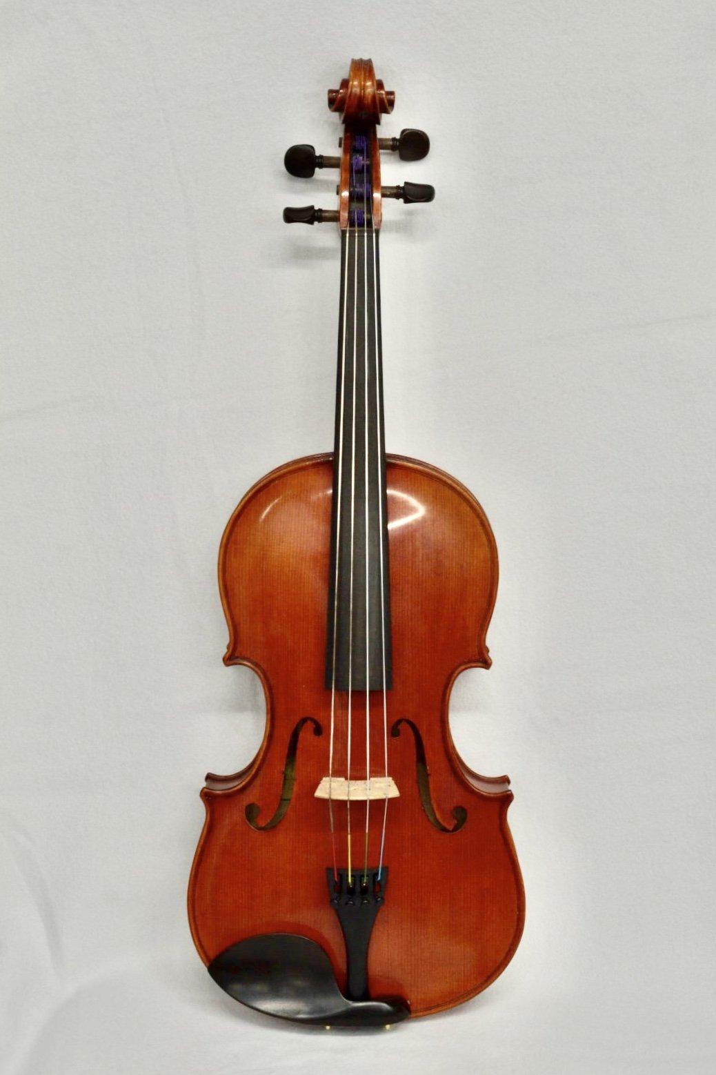 Viola 420 (15.75)