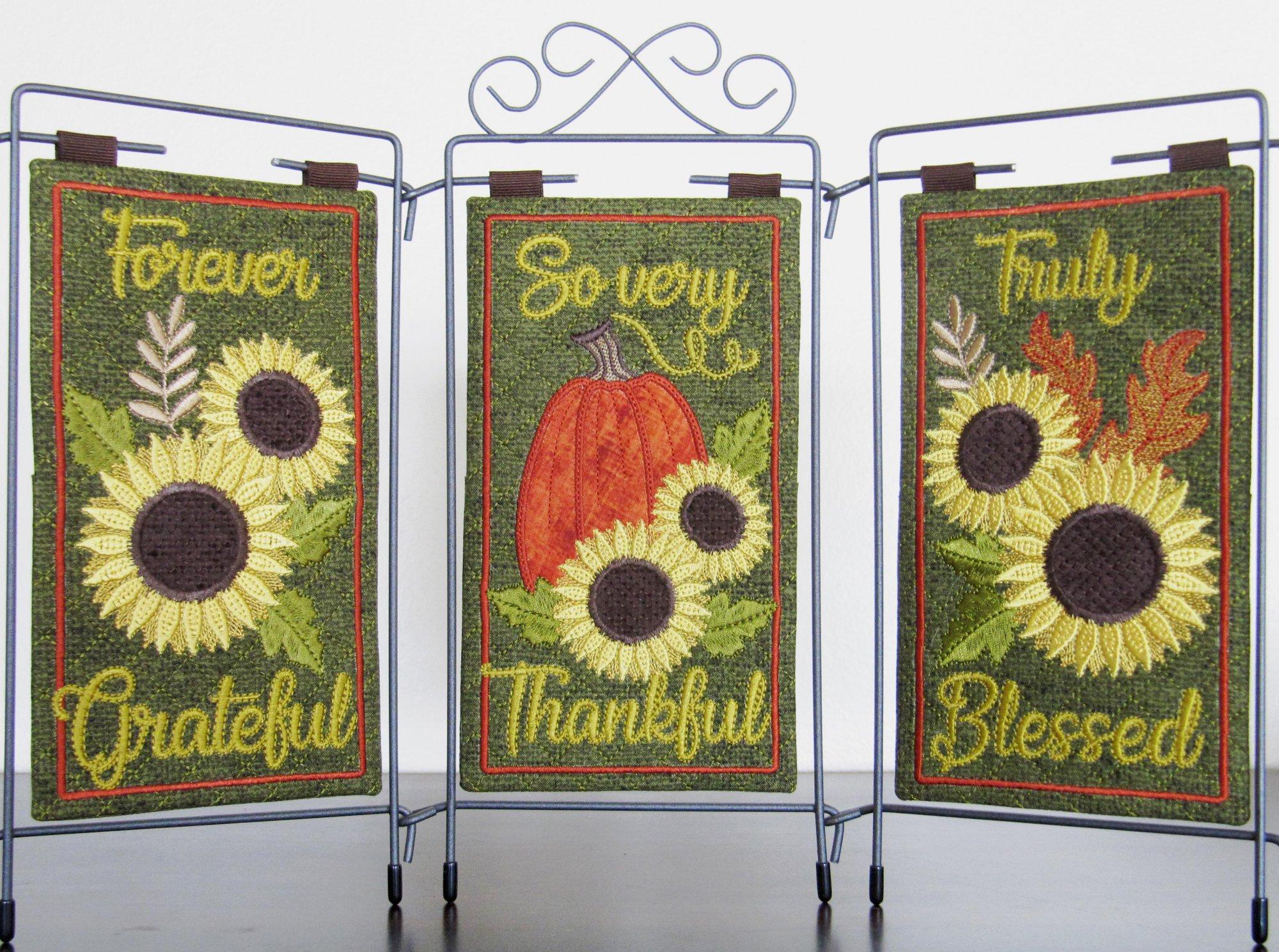 Grateful, Thankful, Blessed Tri- Pic Design