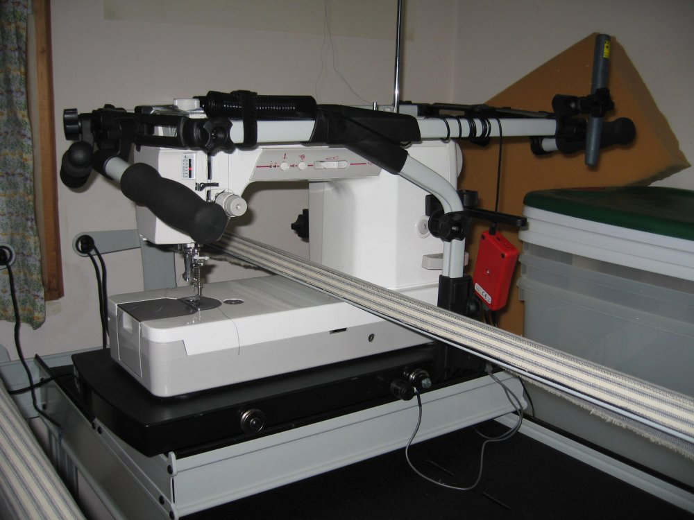 Hobby 1200 GrandQuilter w/frame : pfaff long arm quilting machine price - Adamdwight.com