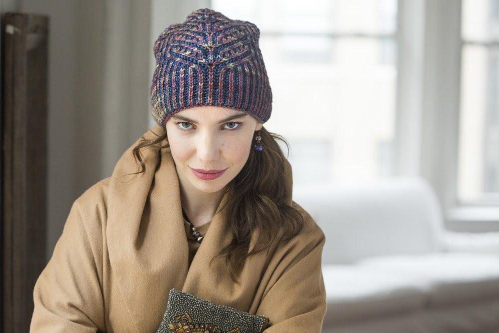 Claras Hat 1