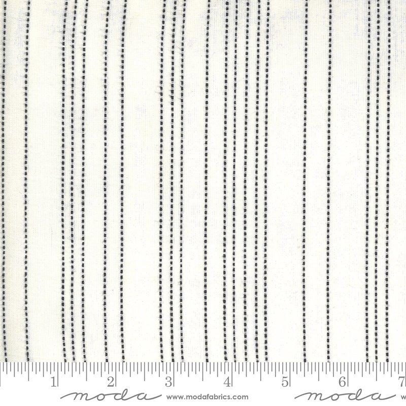 18201 11_Ivoy Stripe