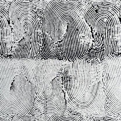AH 8338 Thumbprint Black & White