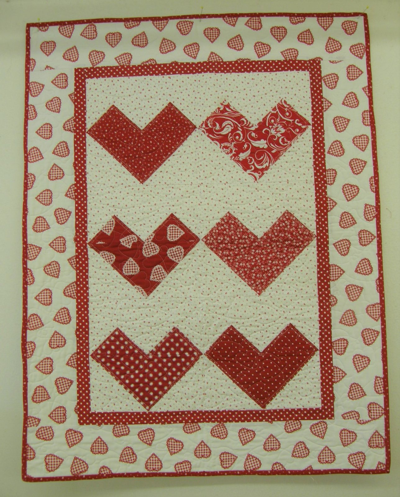 10 Minute Hearts a Flultter Finished Baby Quilt