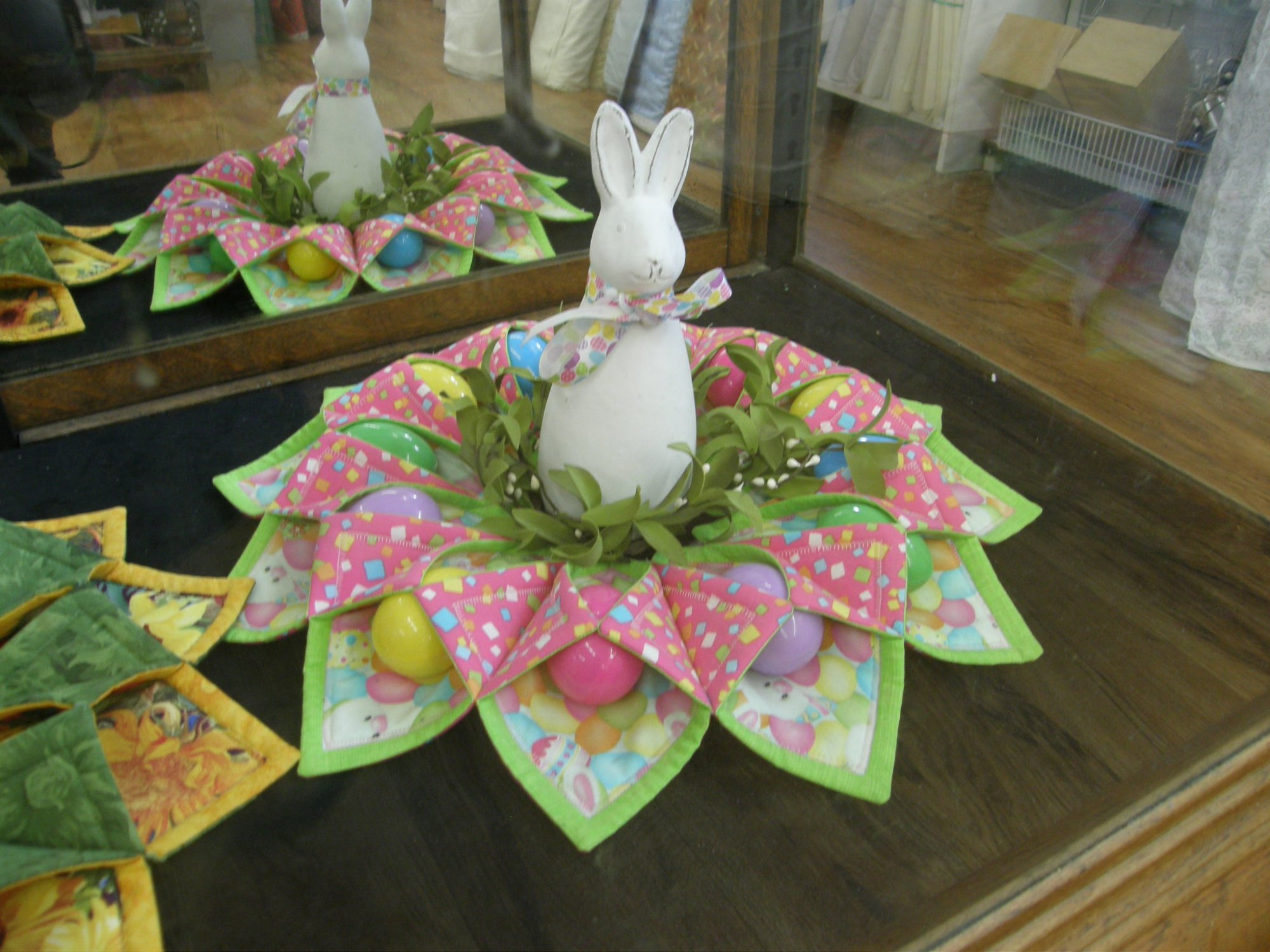Fold and Stitch Wreath Easter