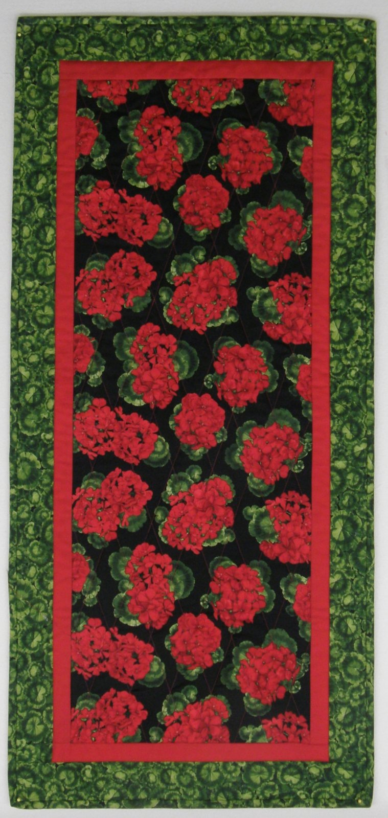 Geranium Table Runner Kit