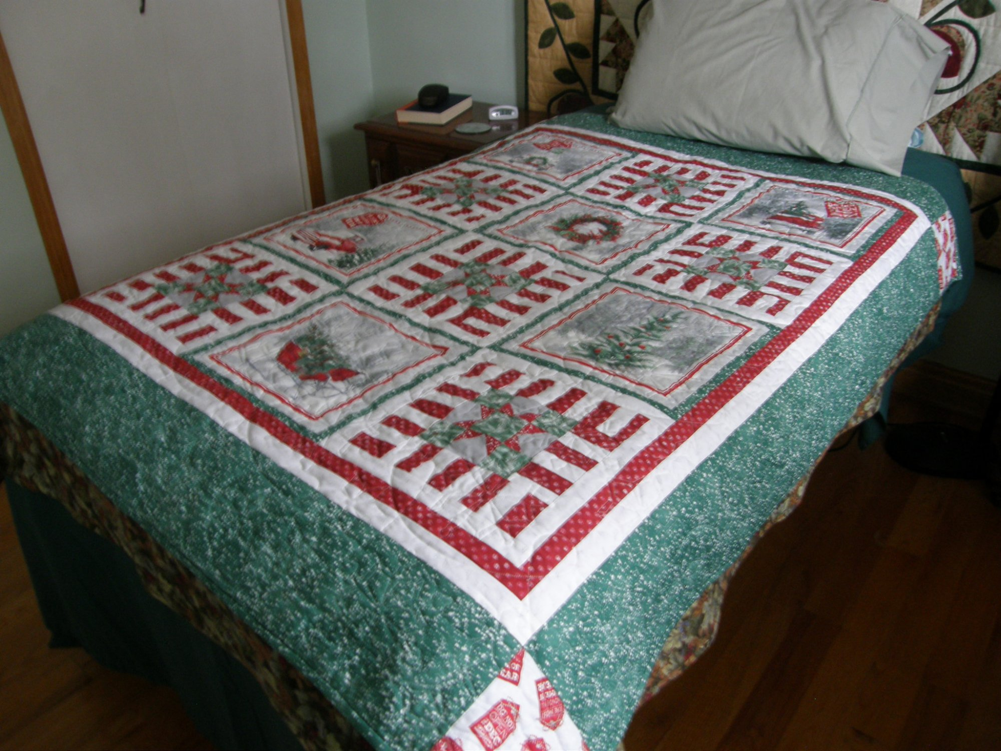 Holiday Wishes Finished Lap Quilt