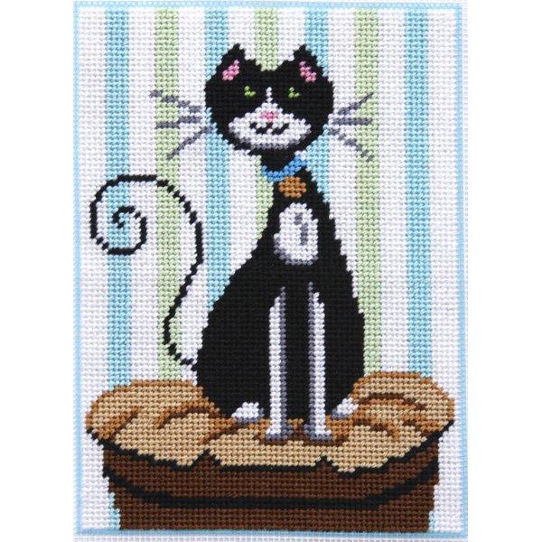 Katitude Kitty Canoodles Needlepoint Kit