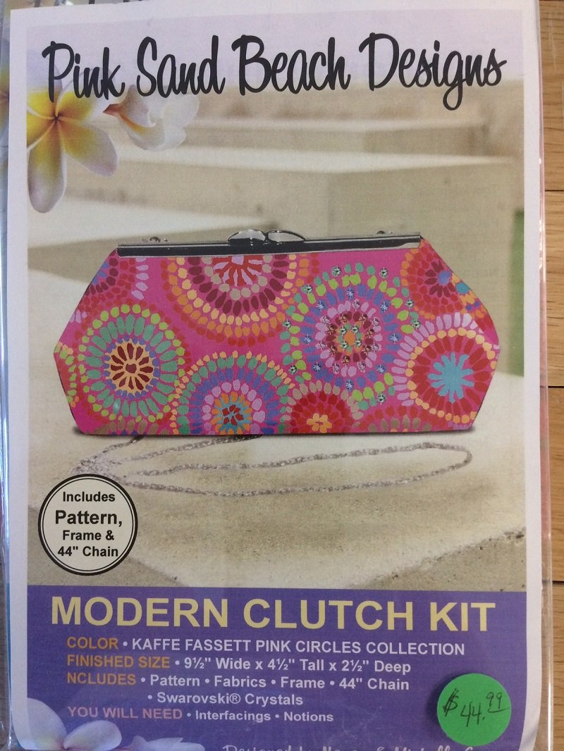 Modern Clutch Kit Kaffe Pink Circles