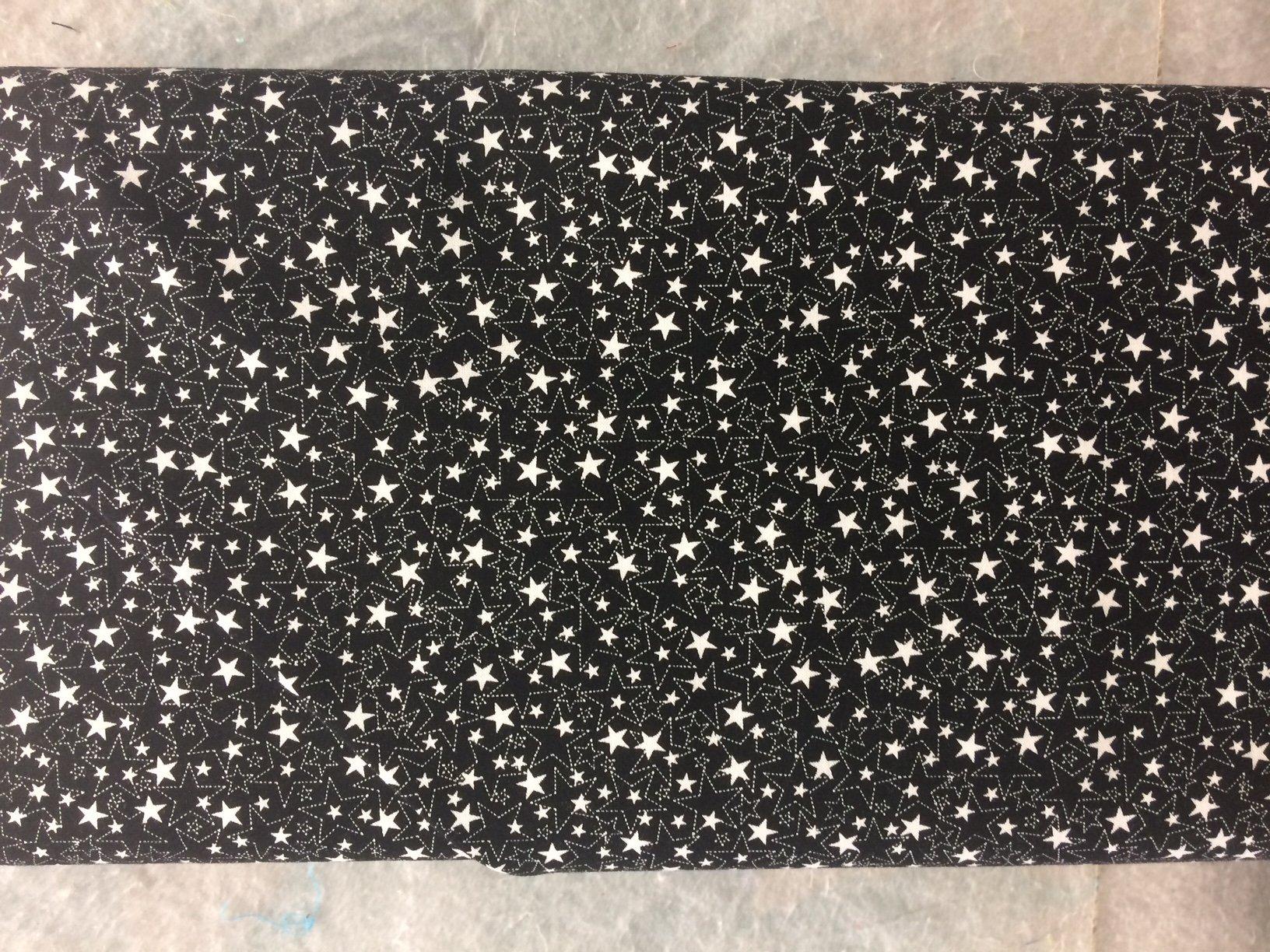 8682-005 Bare Essentials Deluxe - White Stars - Black Fabric