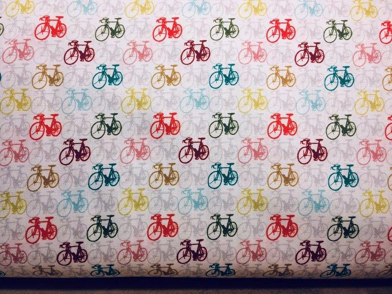 L-Viaje A337-002 bikes