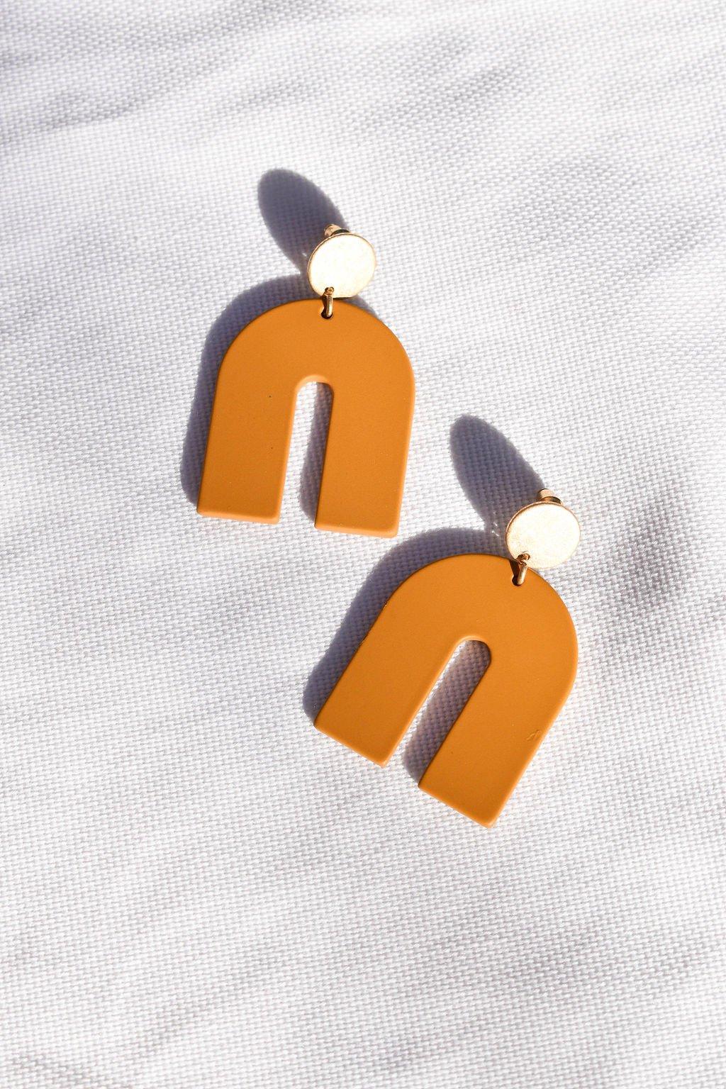 Acrylic U Earring