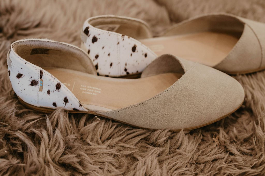 Toms Julie Cobblestone Suede/Spotted Cow Flat