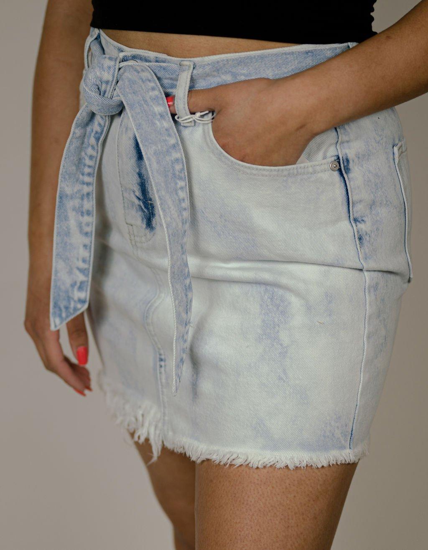 KanCan Mid Rise Belted Skirt