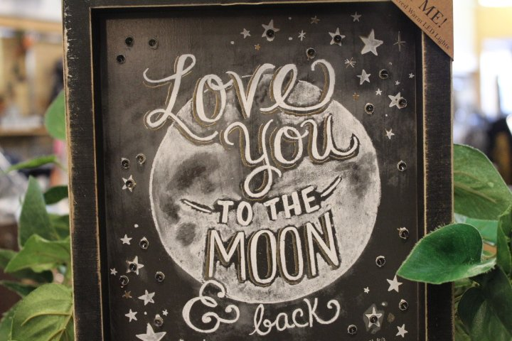 Primitives Box Sign Moon and Back