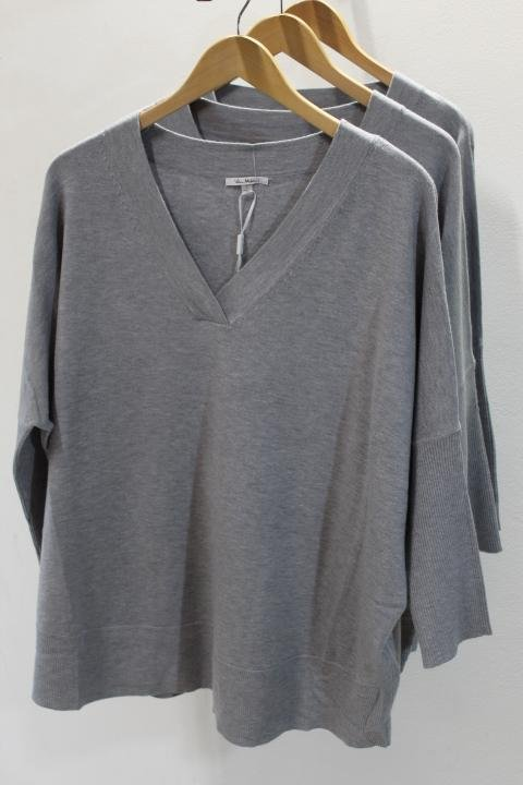 Milano V-Neck 3/4 Sleeve Sweater
