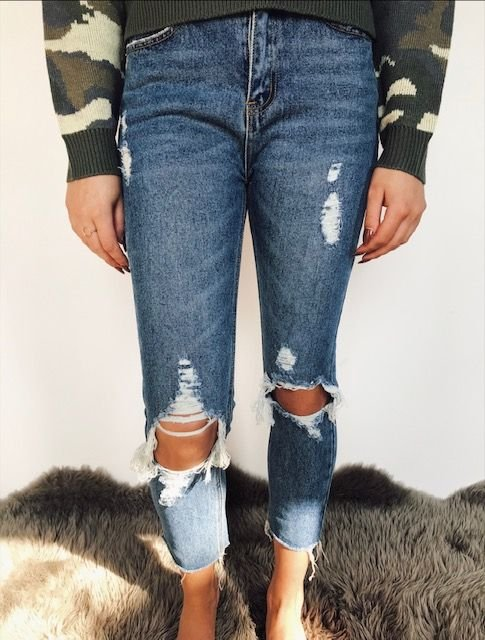 Signature 8 Distressed High Waisted Skinny