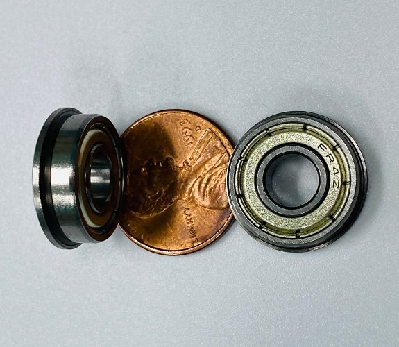 Bearing: W/Small edge on side for the Front Nose