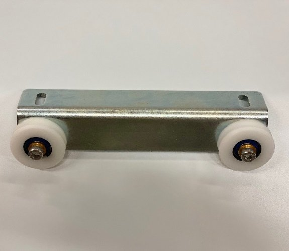 Carriage Bracket & Wheels Front