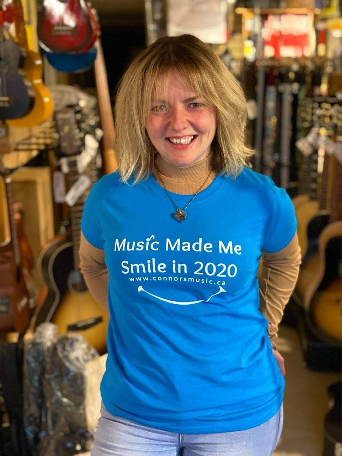 Music Made Me Smile in 2020 T-Shirt