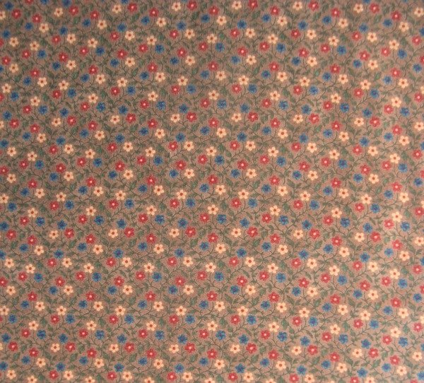 Louisa Heart's Ease small floral on hickory