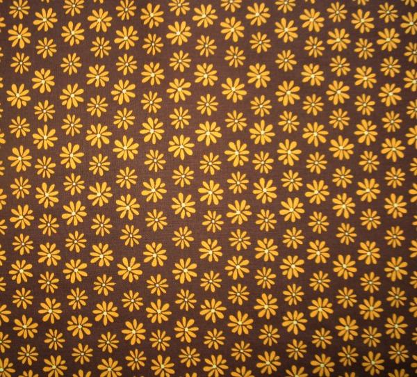 Mingle Cocoa daisies