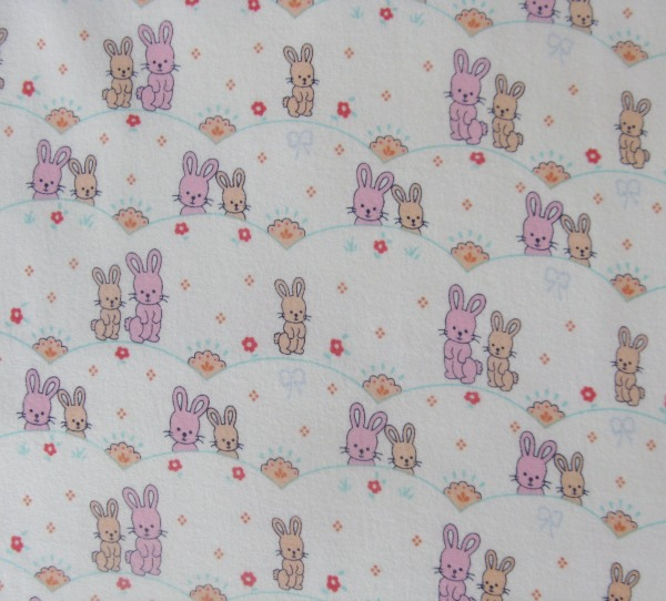 Bunny scallop on white flannel