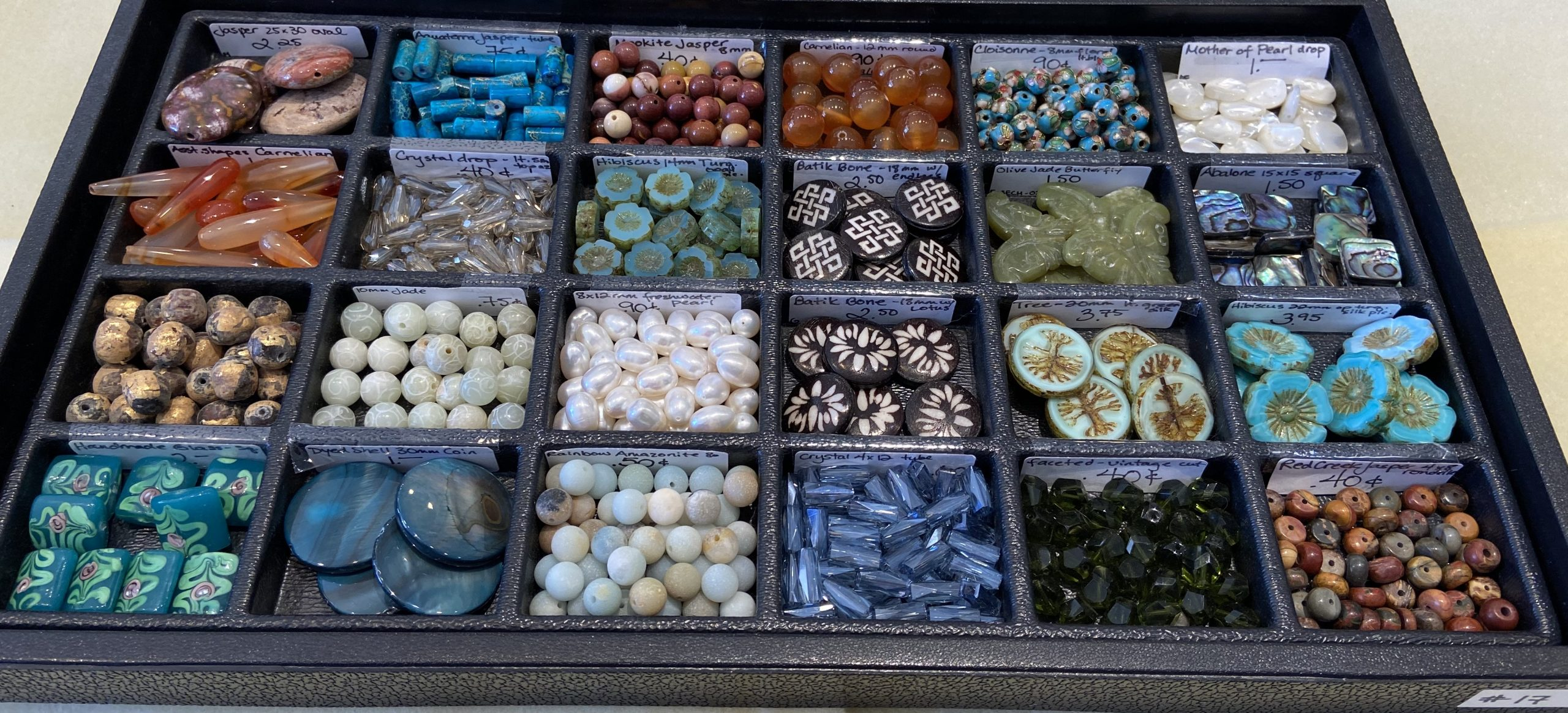 Loose Beads Tray #17