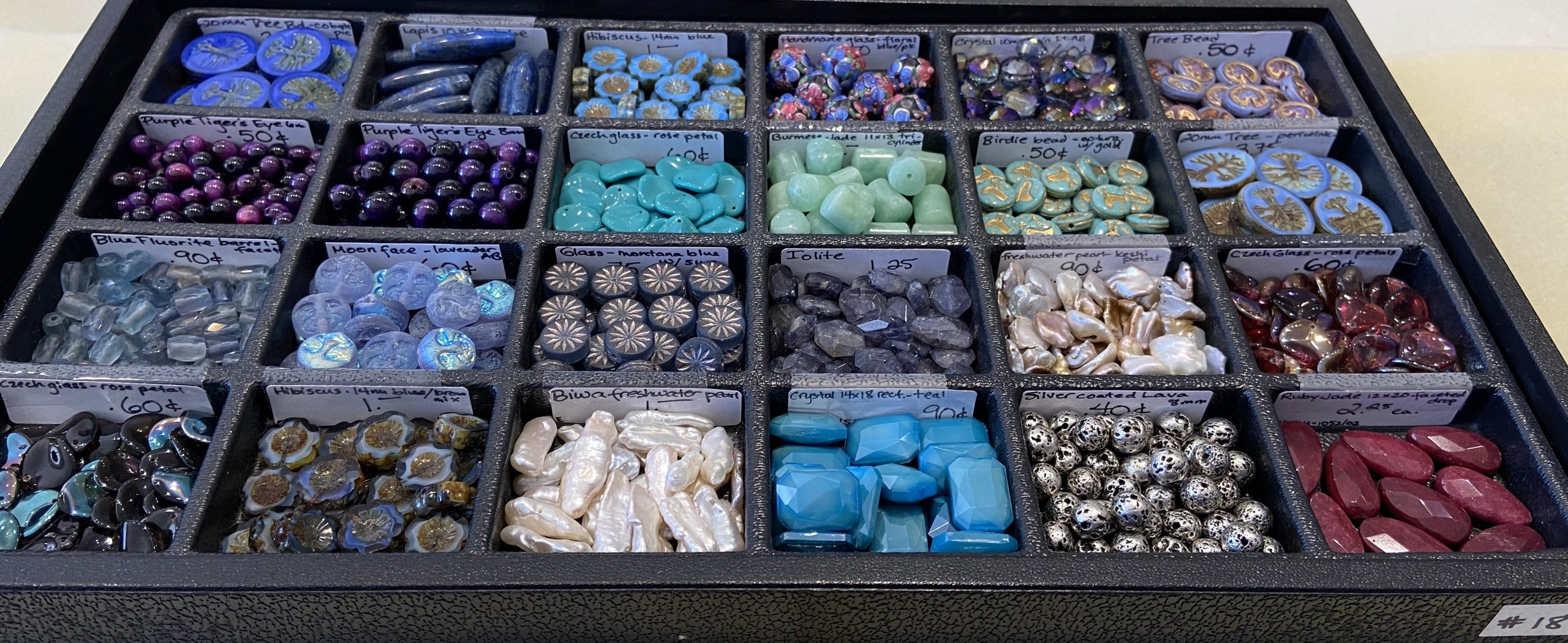 Loose Beads Tray #18