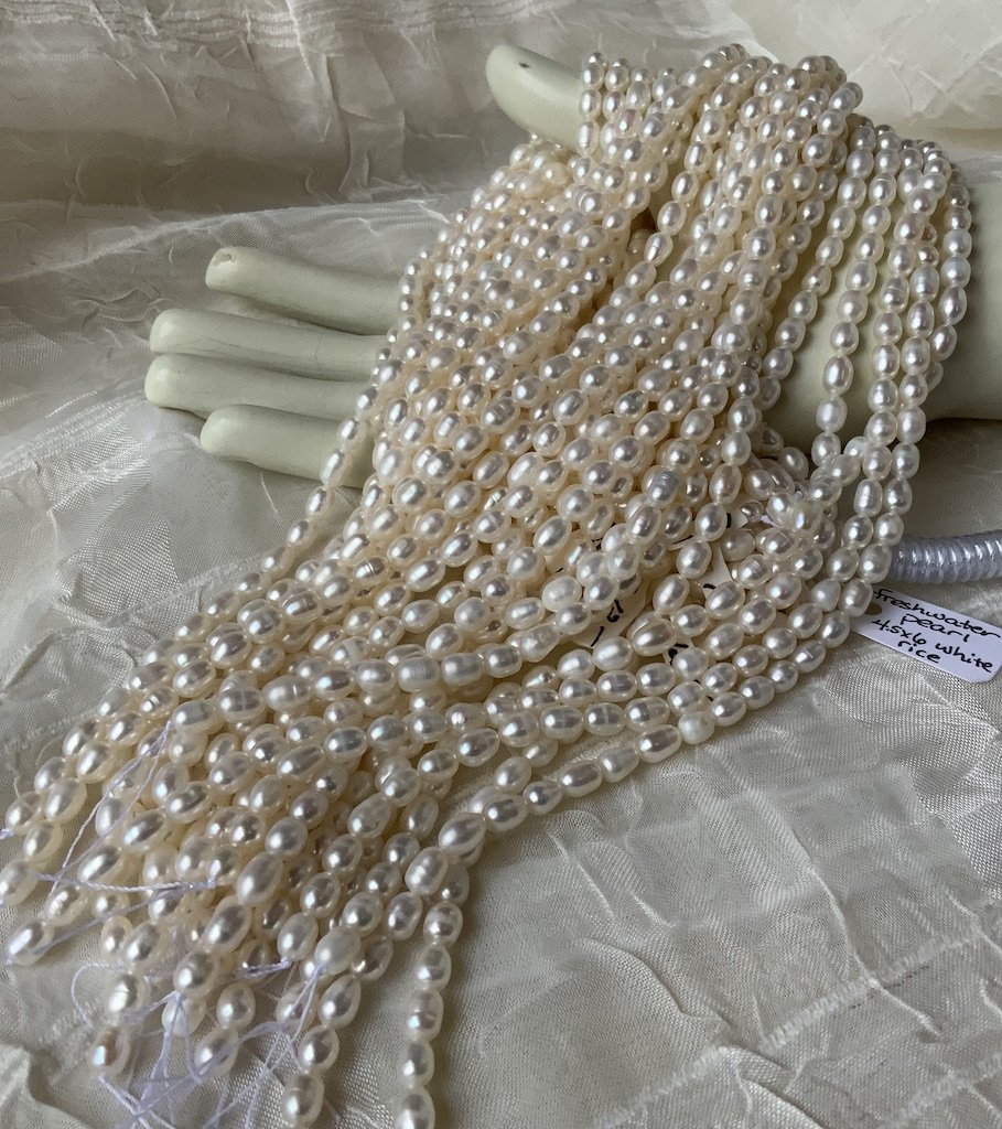 FW Pearl 4.5x6mm White Rice