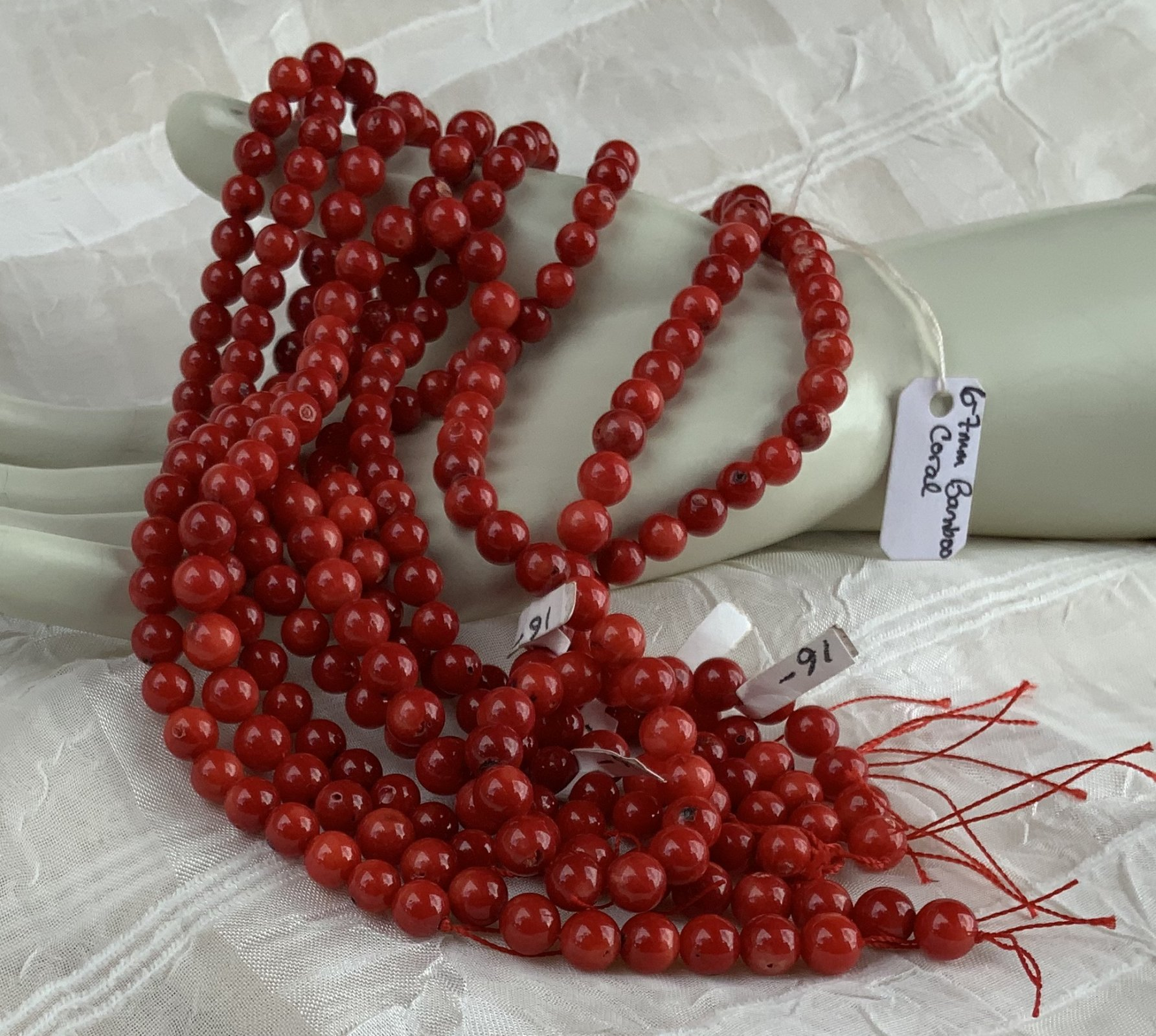 Bamboo Coral 6-7mm Round