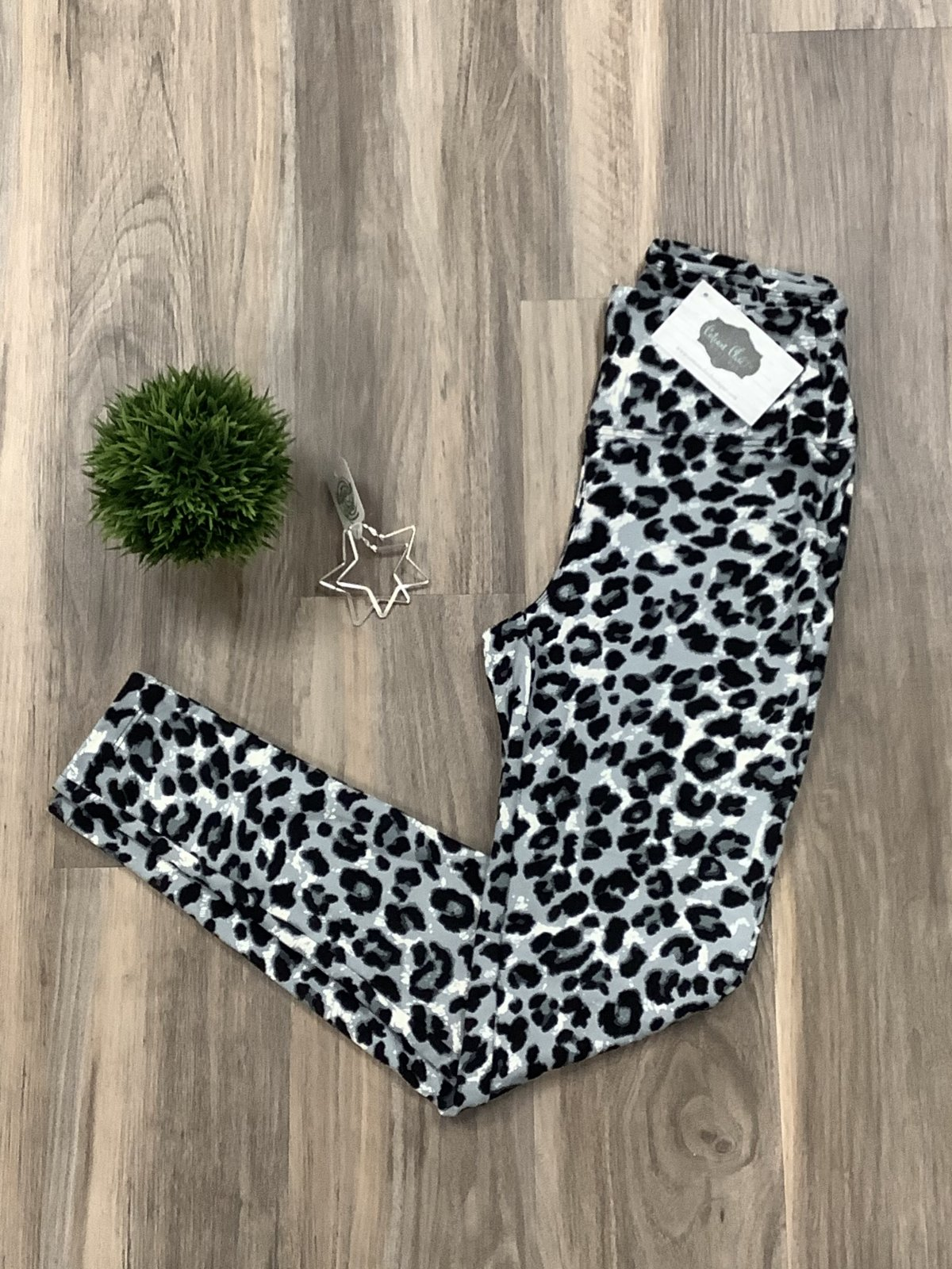 Zenana Gray Leopard Legging