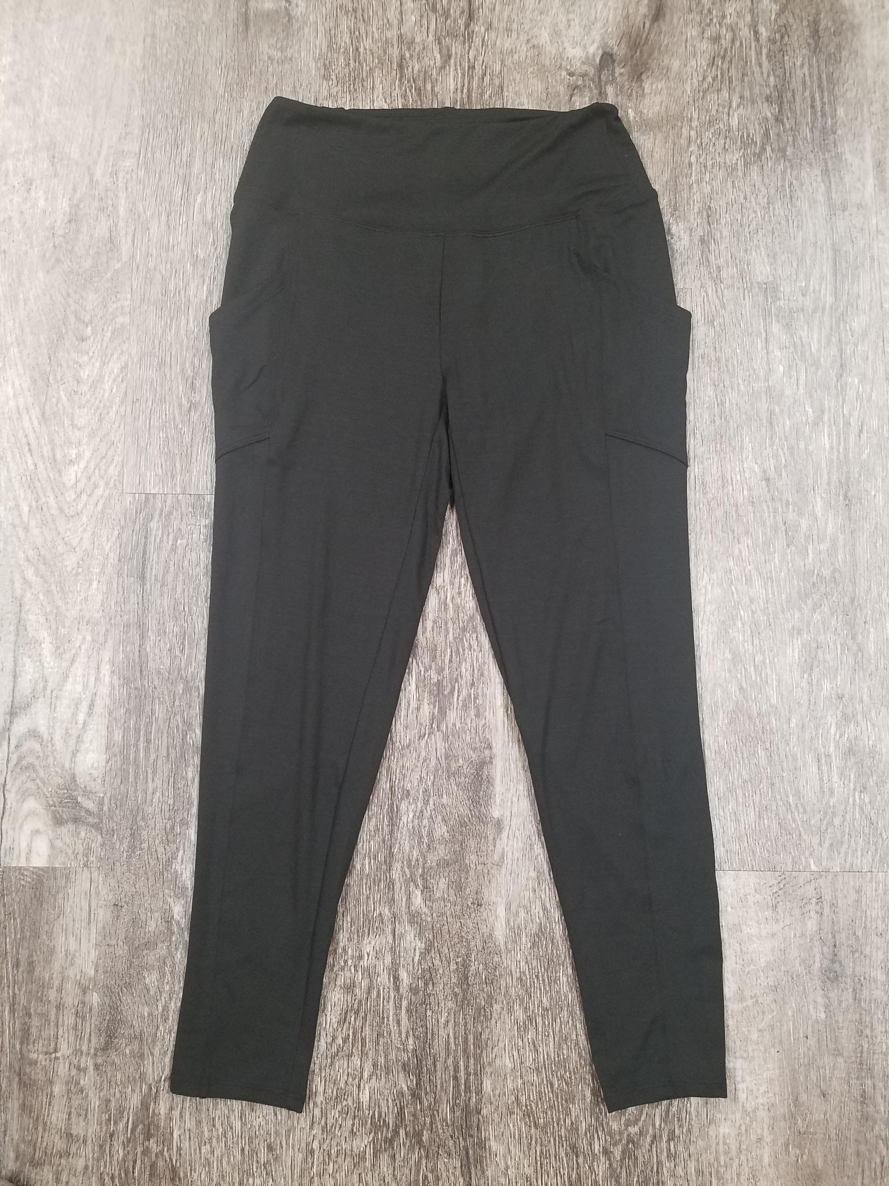 Black Side Pocket Legging *Curvy Approved*