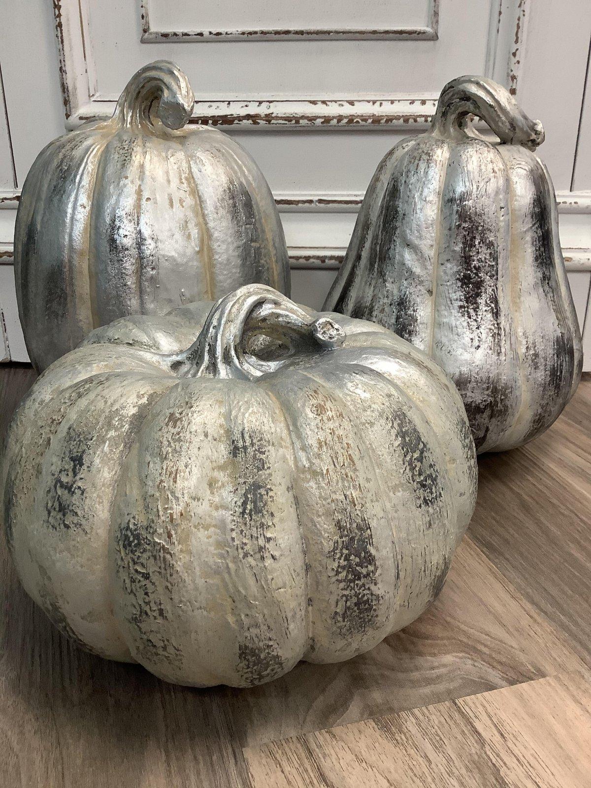 Silver Distressed Pumpkins