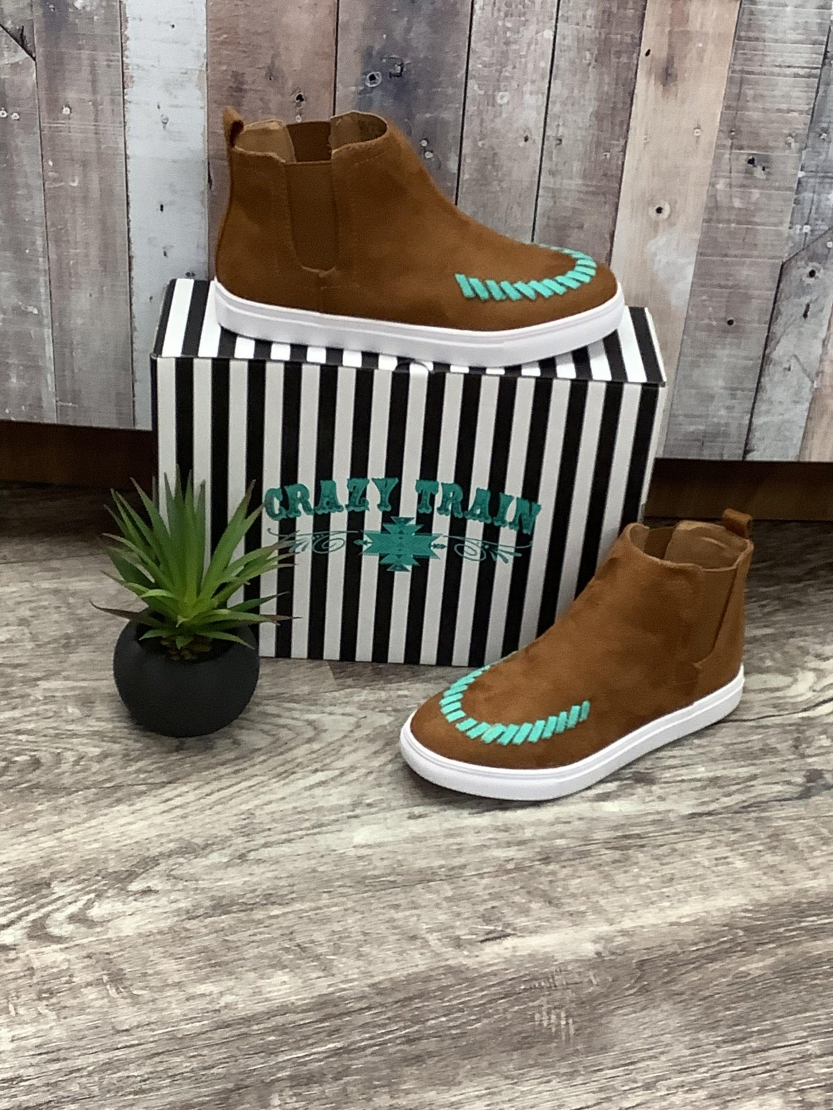 Brown & Turquoise Sneaker