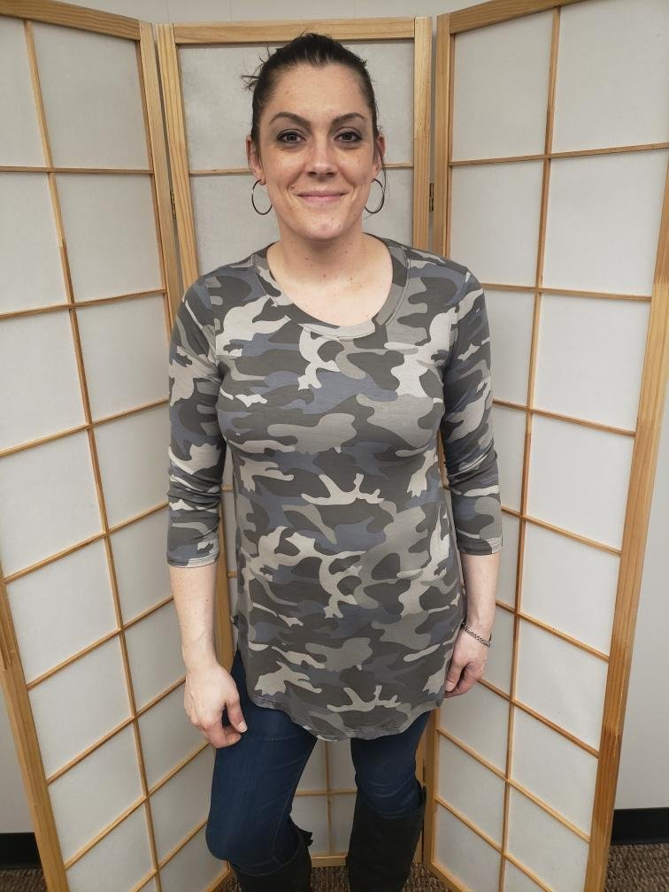 Camo 3/4 Sleeve *Curvy Approved*