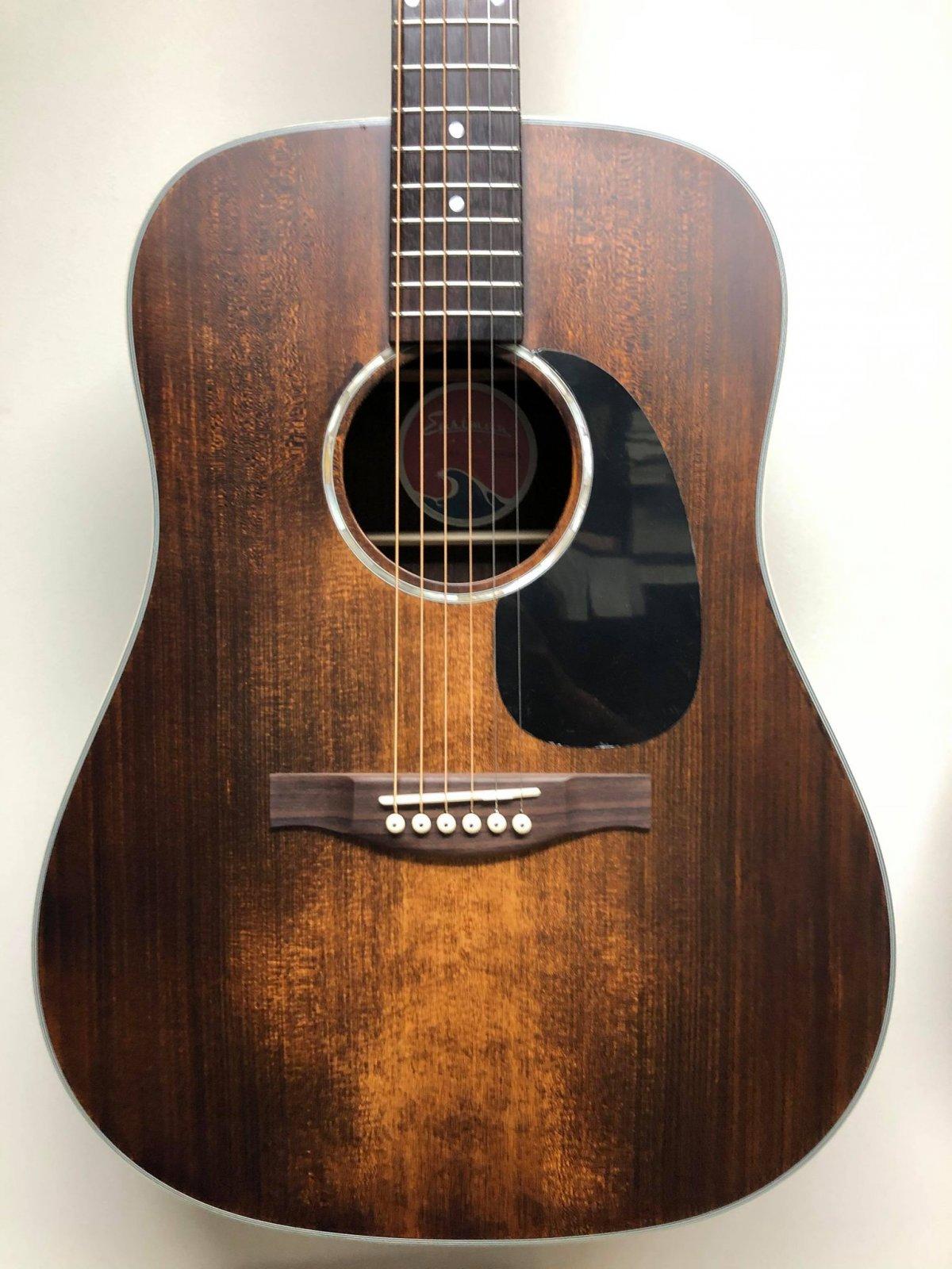 Eastman PCH2-D-CLA Acoustic Guitar w/Bag